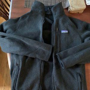 Patagonia men's better sweater medium